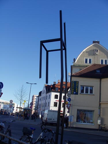150127-leererStuhl-BhfPlatz