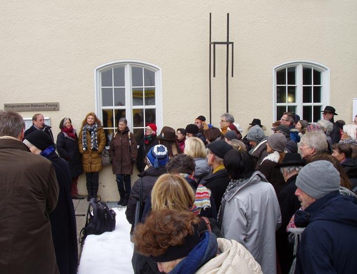 Einweihung der Gedenkskulptur am neuen Platz am 27. Januar 2015